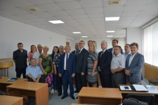 Уполномоченный по правам человека в Хабаровском крае принял участие в церемонии вручения мандатов вновь избранным членам Общественной наблюдательной комиссии