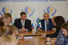 Подписано соглашение о взаимодействии Уполномоченного по правам человека в Хабаровском крае и Государственного учреждения - Хабаровского регионального отделения Фонда социального страхования РФ